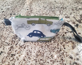 Vintage Car: Zippered pouch in retro blues and greens
