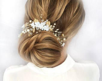 Wedding Hair Comb Flower Hair Comb Bridal Hairpiece Wedding Accessories  Floral Headpiece Wedding Hair Piece Bridal Hair Comb Gold Hair Comb