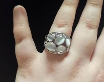 white gem ring