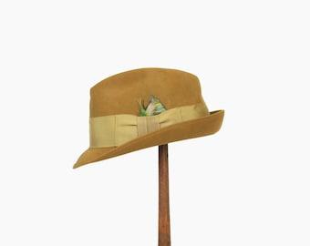 Vintage 60s Men's FEDORA / 1960s Angled Stingy Brim Olive Green Beaver Fur Felt HAT 7 1/4