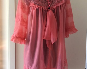 1960's Starway BRI Nylon and lace sheer Peignoir lingerie sleepwear Dusty Rose Made in New Zealand