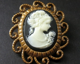 Brown and White Cameo Cabochon Shank Button. Filigree Frame Cameo Button in Bronze. Resin Button - 45mm x 39mm  (Qty 1)