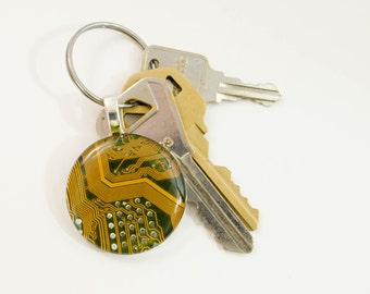 Yellow Circuit Board Keychain, Computer Keyring, Mens Geeky Gift, Gift for Dad, Electrical Engineer Gift, Nerdy Key Holder, Techie Gift