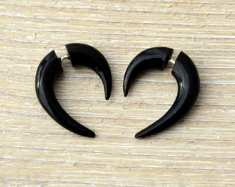 Fake Gauge Earrings Black Horn Mini Hook Talon Tribal Earrings - Gauges Plugs Bone Horn - FG062 H G1