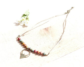 Bohemian necklace linen thread and Jasper stones. Handmade necklace natural tones