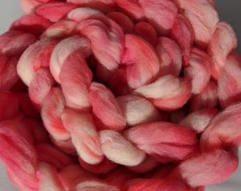 """Babydoll Southdown Wool / Alpaca Blend for Spinning & Needle Felting 4 Oz Combed Top Pink Fiber """" Pink Fluff  """" (2 available)"""