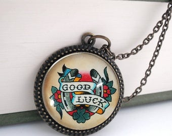 Tattoo Good Luck Horse Shoe Pendant Necklace Vintage Style Bronze