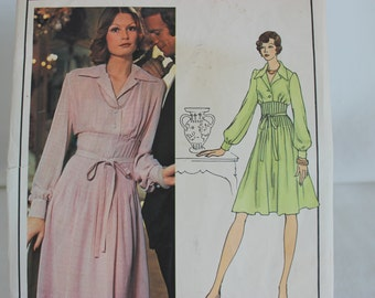 Vintage Vogue Paris Original Christian Dior Sewing Pattern 2956 Size 8 Dress Uncut