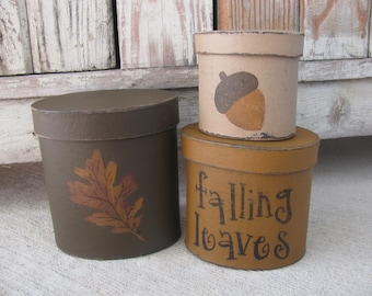 Primitive Oak Leaf and Acorn Hand Painted Oval Set of 3 Stack Boxes GCC06040