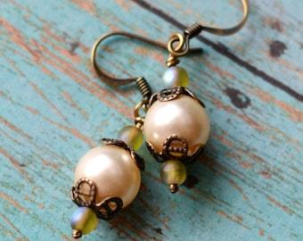 Pearl Earrings, Filigree Earrings, Swarovski Crystal Pearl Earrings, Classic Jewelry, SRAJD, Gift for her, Pearl Jewelry, Creme Pearls