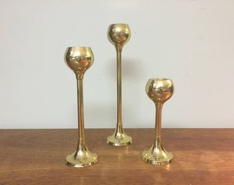 Three Graduated Shiny Brass Mod Tulip Bulb Candlesticks, Made in India