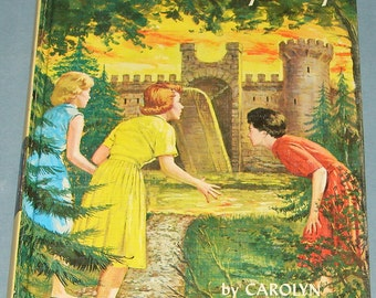 Nancy Drew #40 Moonstone Castle Mystery 1st Printing