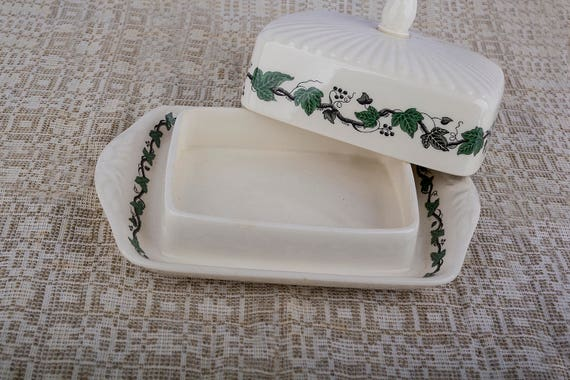 Vintage Wedgwood Stratford rectangular covered butter dish with green ivy pattern