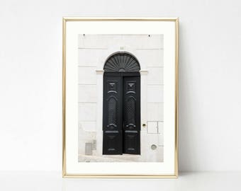 Black and White Art Decor // Door Photography // Gallery Wall Prints // Lisbon Portugal // Bestseller