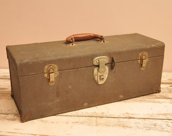 Vintage Eagle Lock Union Tool Box Metal