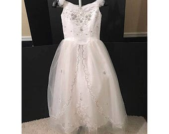 Mary's Vintage Wedding Gown