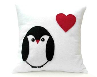 Penguin Love Pillow Cover appliquéd Eco-Felt Red Heart 18 inches