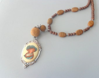 Lady cameo art deco long brown gemstone necklace