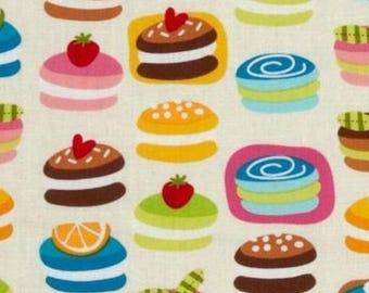 Cupcake cake Kaufman cream patchwork fabric