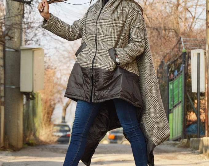 Women's Winter Coat, Extravagant Wool Coat, Extra Warm Jacket, Asymmetrical Coat, Jacket for Women by SSDfashion