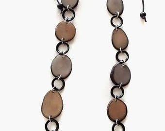 TAGUA NUT NECKLACES. Tagua necklace. Tagua Jewellery. Tagua Jewelry. Wholesale of Tagua jewellery.