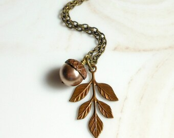 Leaf Necklace with Acorn,Acorn Necklace