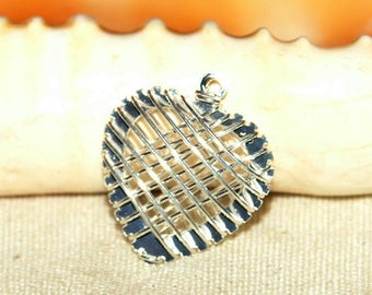 Cage 20 X 20 mm silver metal heart charm pendant