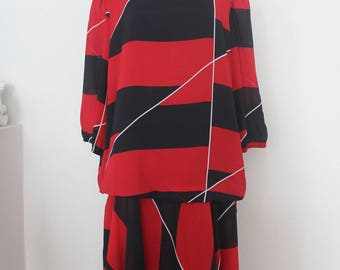 Vintage Black&Red dress