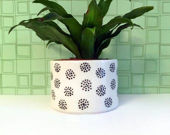 Circle Dot Planter-medium