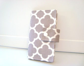 Fabric Checkbook Cover, Holder -  Lattice Gray Quatrefoil