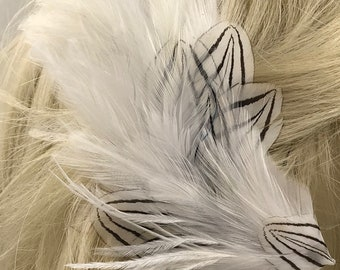 Delicate  White Feather Hair Clip, White Feather Fascinator,Tribal Feather Hair Piece,Bohemian Feather Barrette, Clip