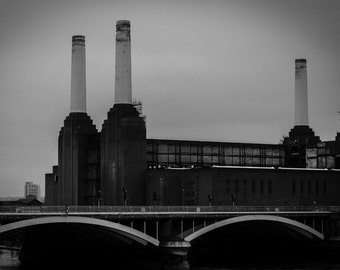 London Iconic Battersea Power Station photography print, City of London, Living Room Wall Art - Images of London