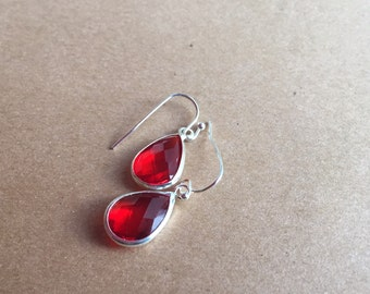 Ruby Red Crystal Earrings, Bridal Gift, Mothers Day Gift, gift for her, bridesmaid gift, red dangle earrings, Christmas gift,