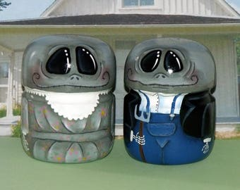 """Hand Painted Set of  3-1/2"""" AMERICAN GOTHIC GHOULS Salt and Pepper Shakers - Grant Woods - Original Design - Home Decor - Collectible-Ghouls"""
