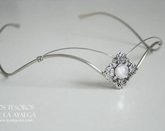Elvish tiara with moonstone- statement jewelry - statement jewelry - tiara crown- woodland crown - circlet - tiara crown