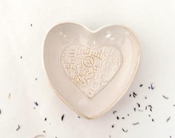 White heart dish, music decor, stoneware