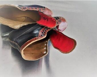 Vintage Men's Leather Hockey Ice Skates - MC Inc Canada