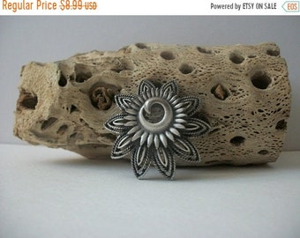 ON SALE Retro Very Textured Silver Tone Distressed Flower Metal Pin 5717