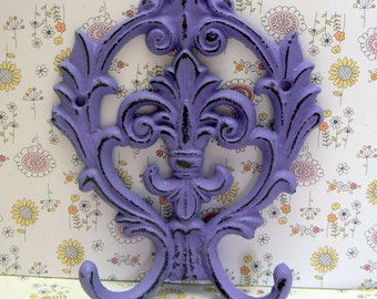Fleur de lis Cast Iron Lavender Lilac Purple Double Hook Ornate French FDL Decor Paris Shabby Elegance Leash Jewelry Cap Bathroom Hooks
