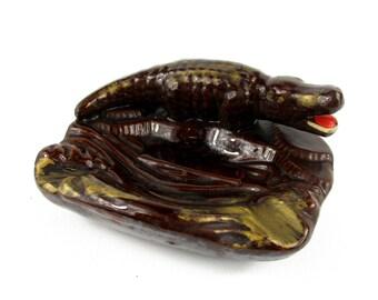Vintage Ceramic Alligator Ashtray, Mid Century Brown and Gold Alligator Crocodile Ashtray, Tobbaciana , Retro Kitsch Ashtray