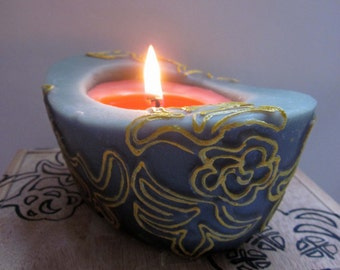 Beewax / palmwax Candle, Medium Chantilly Floral Design Natural Wax Candle, Eco-Friendly Wax Candle, Grey and Pink Colors
