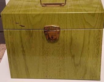 Lime Green Wood Grain Porta File