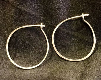Silver hand-Hammered earrings