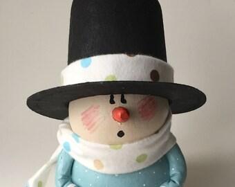 Snowman Gourd with Top Hat Holiday Decor Snowmen Folk Art Christmas Decoration Primitive Decor
