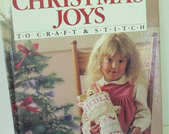 Diy vintage Christmas Joys craft book Better Homes and garden Hardback Craft Book 80 pages