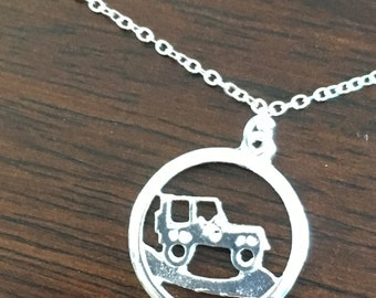 """Jeep Necklace 16"""""""
