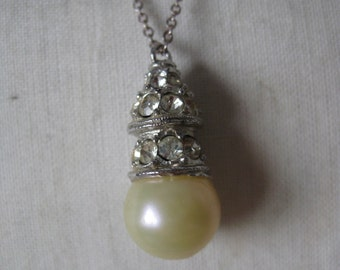 Pearl Rhinestone Clear Silver Necklace Vintage Pendant