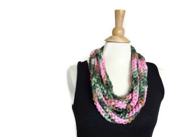 crochet necklace, pink rope scarf, green rope scarf, crochet chain scarf, crochet chain necklace, pink fabric necklace,crochet loop necklace