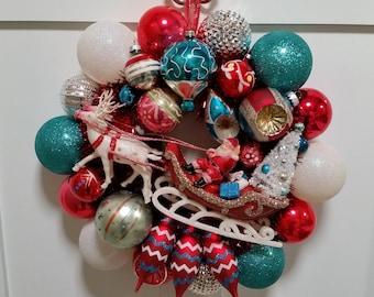 "CHRISTMAS EVE Vintage Ornament Wreath 16"" Santa Sleigh Reindeer Winter Turquoise Red White Retro Kitsch Heirloom OOAK"