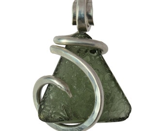 Handmade Moldavite Stone Wrapped in Copper by Isabella Roth (3)